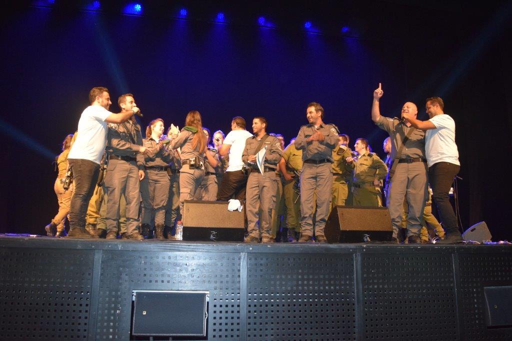 """האירוע השנתי של מחוז י-ם והמופע של """"הפרויקט של רביבו"""""""